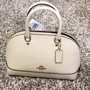 COACH BAG 100% authentic *new with tags*